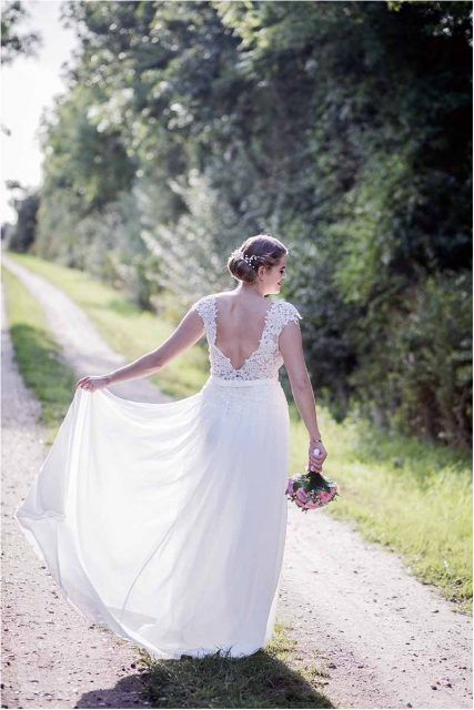 Do brides change for the reception?